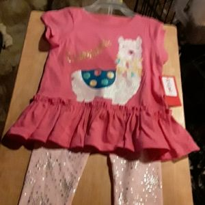 NEW, KIDGETS  24 MONTHS  LAMA  2- PC OUTFIT.